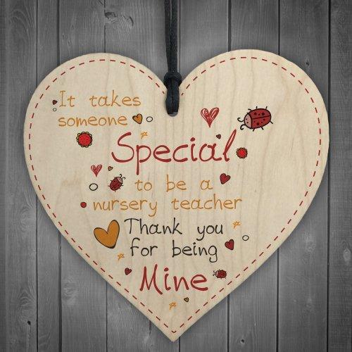 RED OCEAN Special Nursery Teacher Leaving Nursery Wooden Heart Plaque Preschool Thank You Leaving Gift