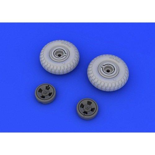 Edb648118 - Eduard Brassin 1:48 - Spitfire Wheels 4 Spoke Pattern Tyre