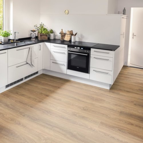 Egger Laminate Flooring Planks 19.9m² 8mm Toscolano Oak Nature Board Carpet