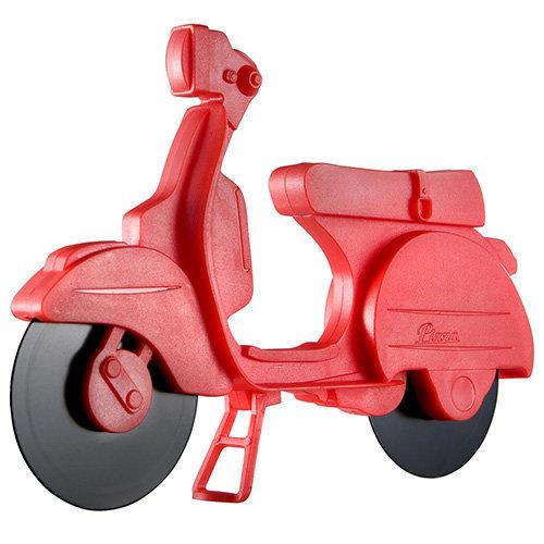 Eddingtons Red Lambretta Vespa Scooter Pizza Cutter - 730005