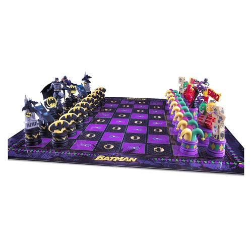 Official Batman The Dark Knight v The Joker Chess Set